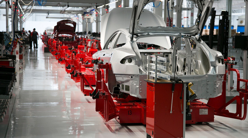Маск: Tesla готова продавати мотори та батареї кому завгодно