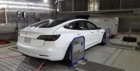 Характеристики Tesla Model 3: в реальності більше, ніж за паспортом
