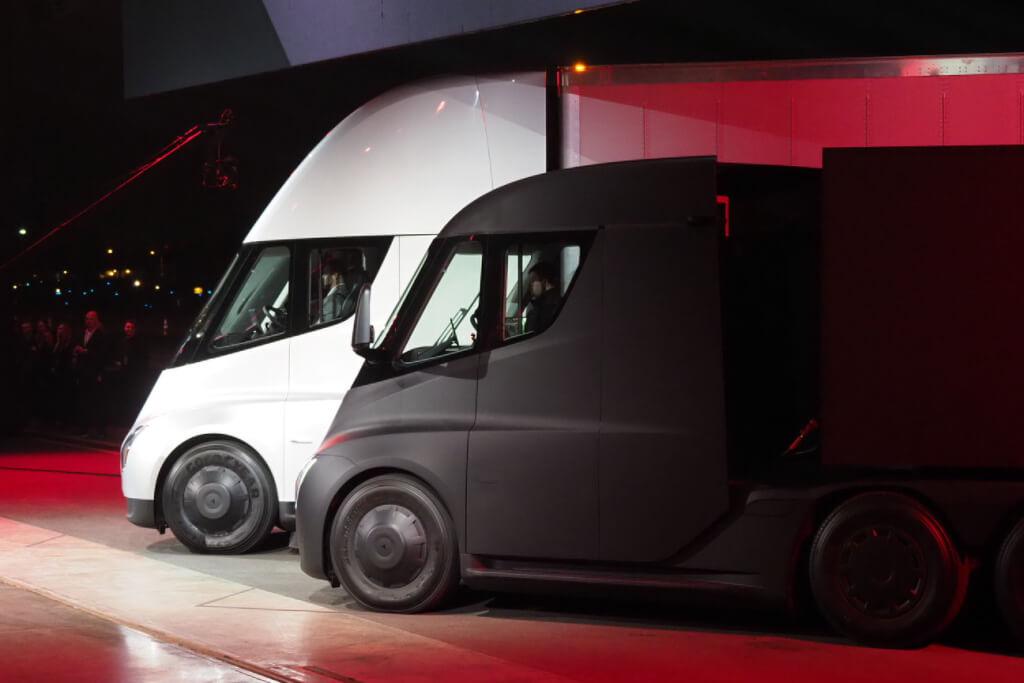Pepsi замовила 100 вантажівок Tesla