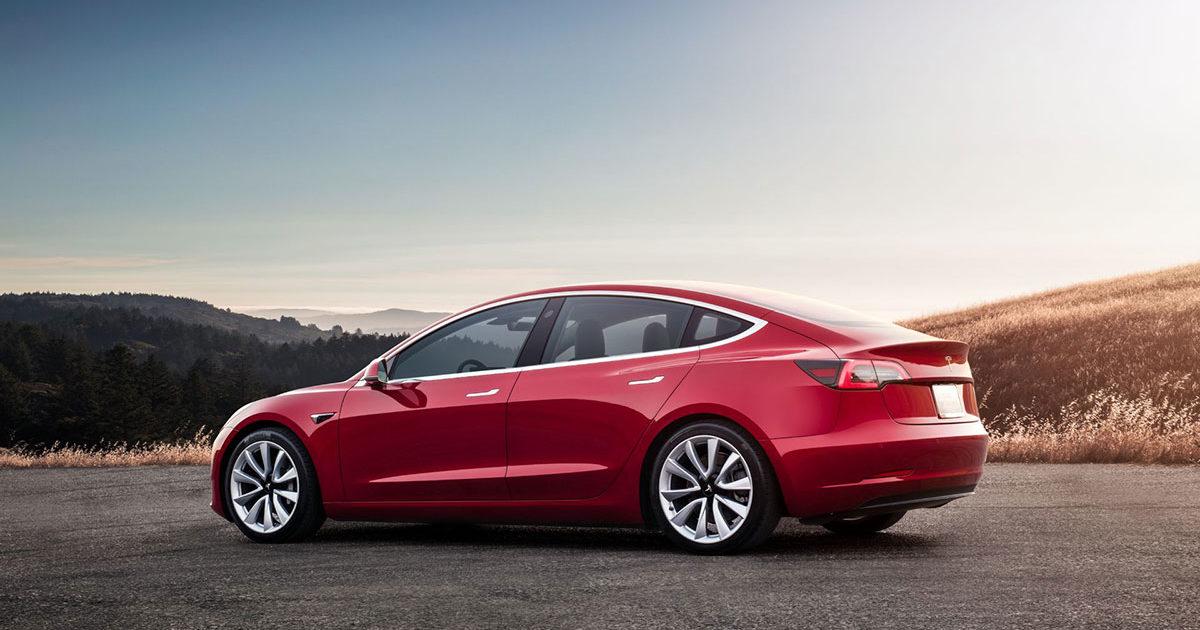 Виробництво Tesla Model 3 зросло в чотири рази