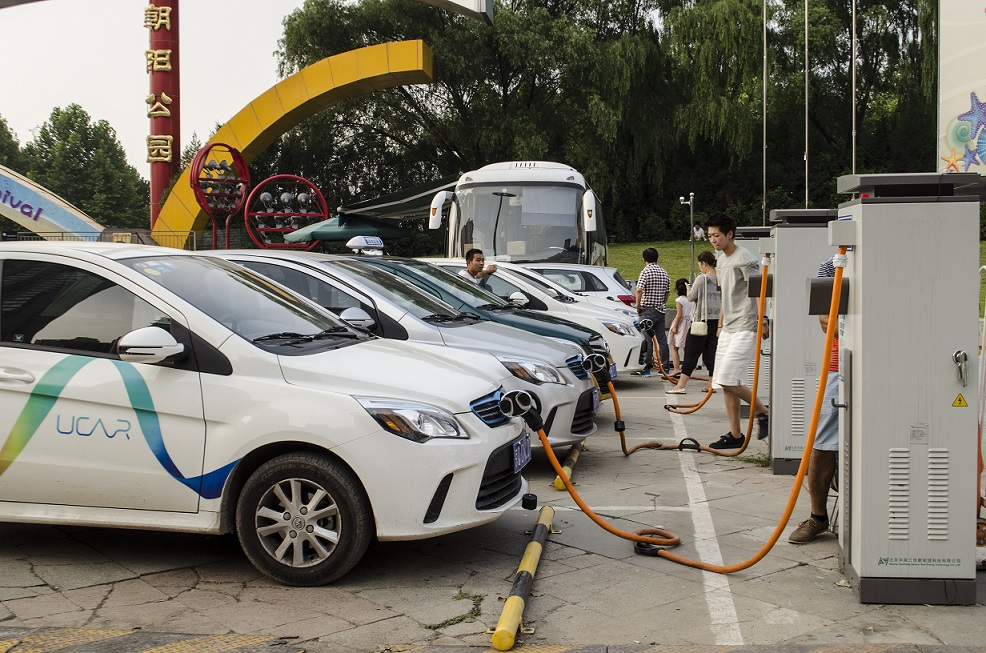 Китай вирішив нав'язати світу власні стандарти електротранспорту
