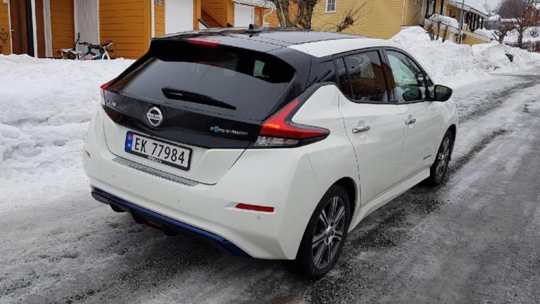 Електромобілі йдуть у наступ: авторинок Норвегії здивував статистикою