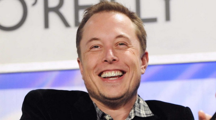 Ілон Маск пообіцяв біржовим спекулянтам вогняну смерть і купив акції Tesla на 10 млн особистих доларів