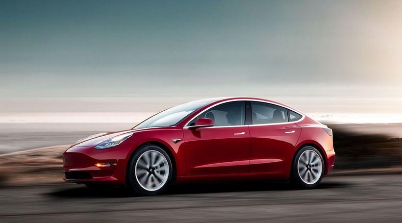 Tesla Model 3 обійшла Model S за якістю фар