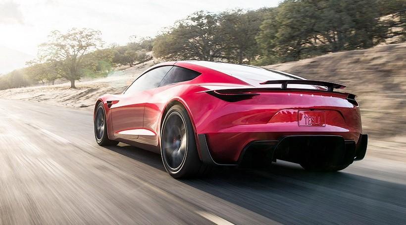 Маск: новий Tesla Roadster буде шалено швидким