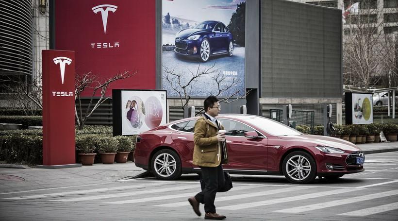 Tesla побудує в Китаї електромобільний завод