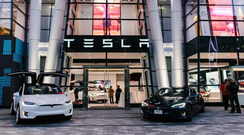 Після заяв Ілона Маска акції Tesla злетіли на 11%
