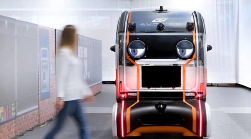 Jaguar розробив авто, якого пішоходи можуть не боятися