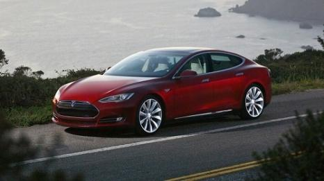 Тесла офіційно оновлює Model S