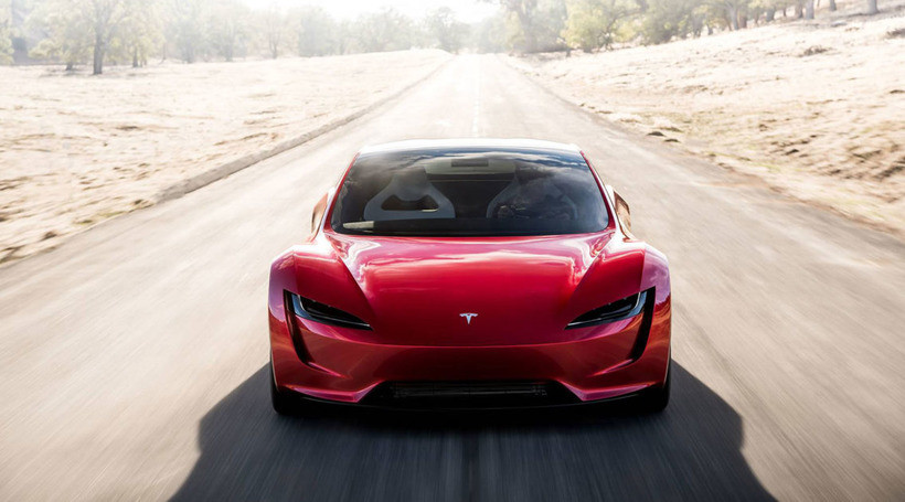 Нова Tesla Roadster зможе літати.  Буквально