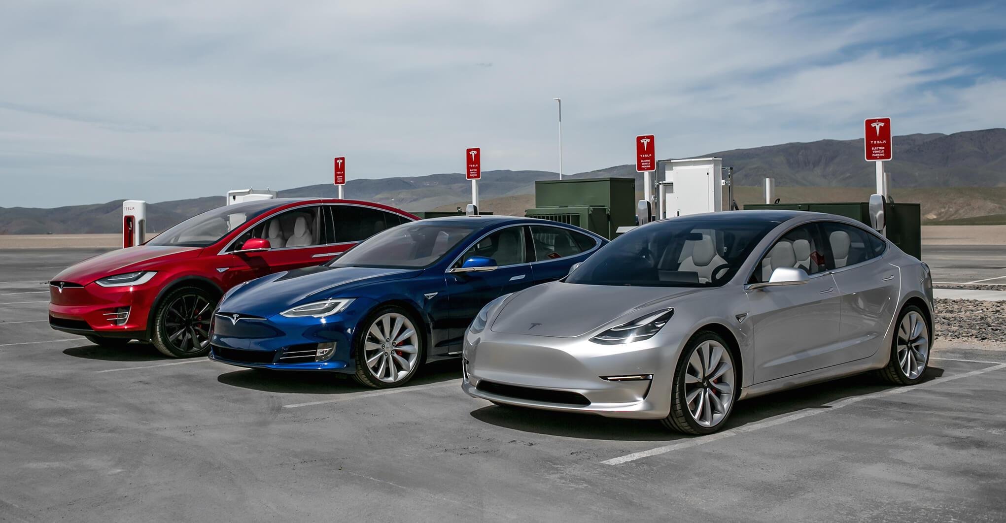 Постачання Tesla Model S і Model X б`ють рекорди, виробництво Model 3 почнеться в липні