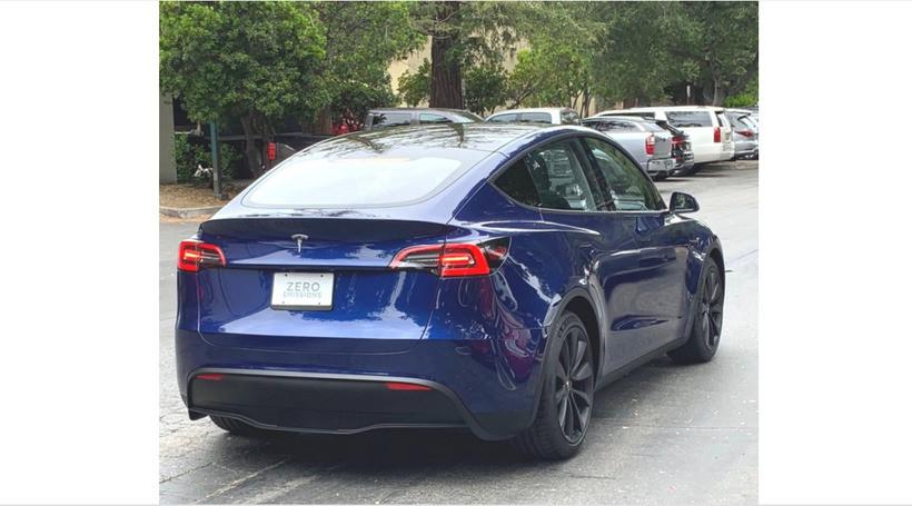 Tesla Model Y вперше сфотографували на вулиці