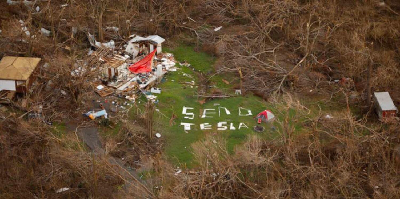 Tesla активно допомагає потерпілим від ураганів